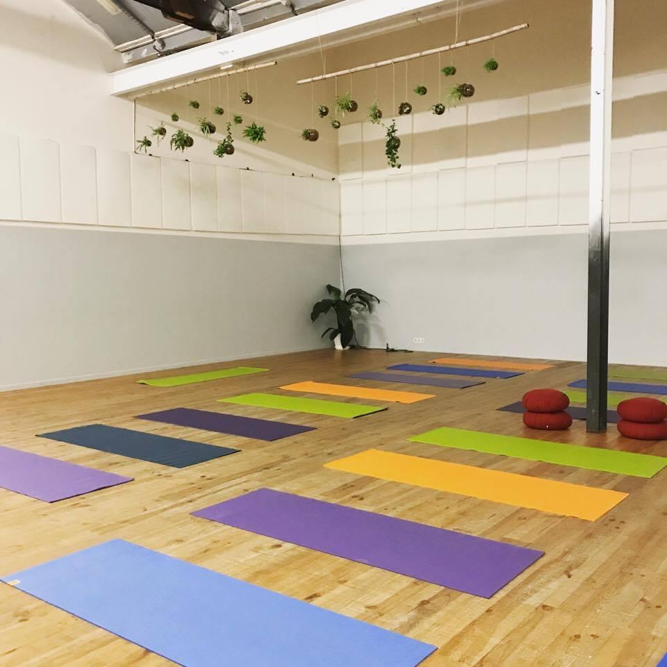 "Matinée ""Yoga, pleine conscience & petit-déjeuner healthy"" avec Newake"